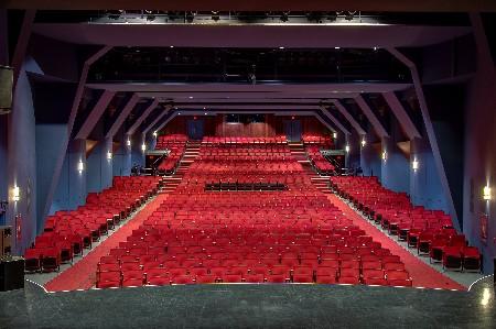 Salle Albert-Dumouchel