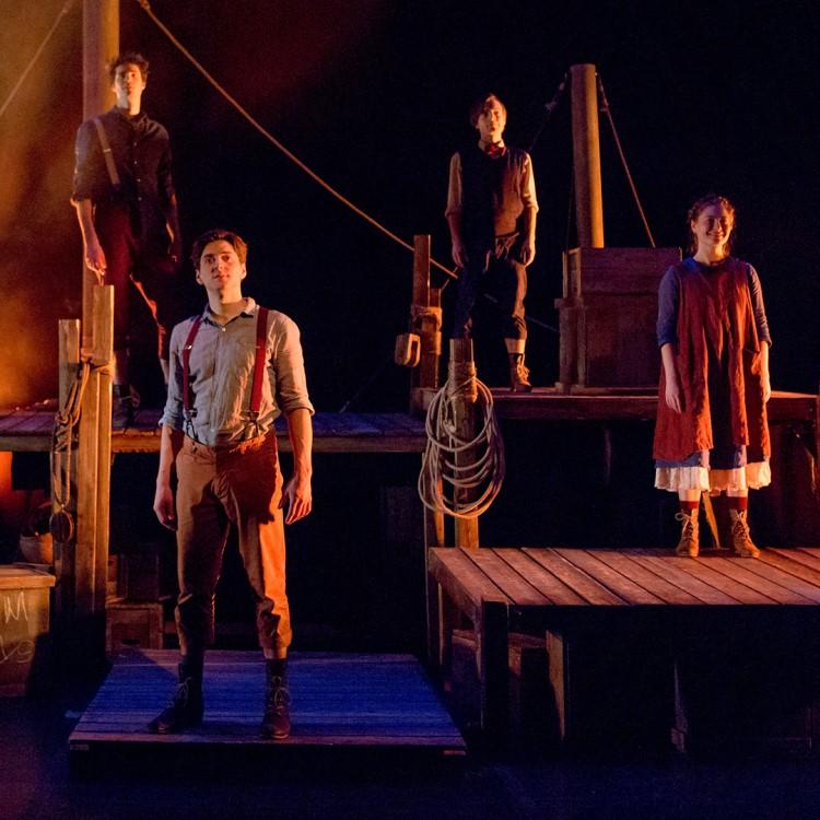 Spectacle Tom Sawyer: Théâtre Advienne que pourra présenté au Carré 150  de Victoriaville